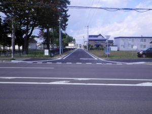 H-26西高通線道路改良舗装工事